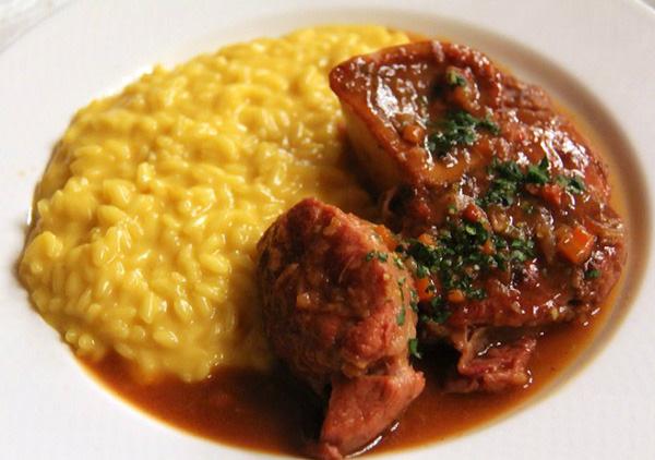Ricetta dell 39 ossobuco in gremolada con la slow cooker for Cucinare ossobuco
